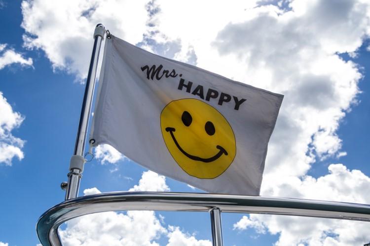 mrs-happy-15